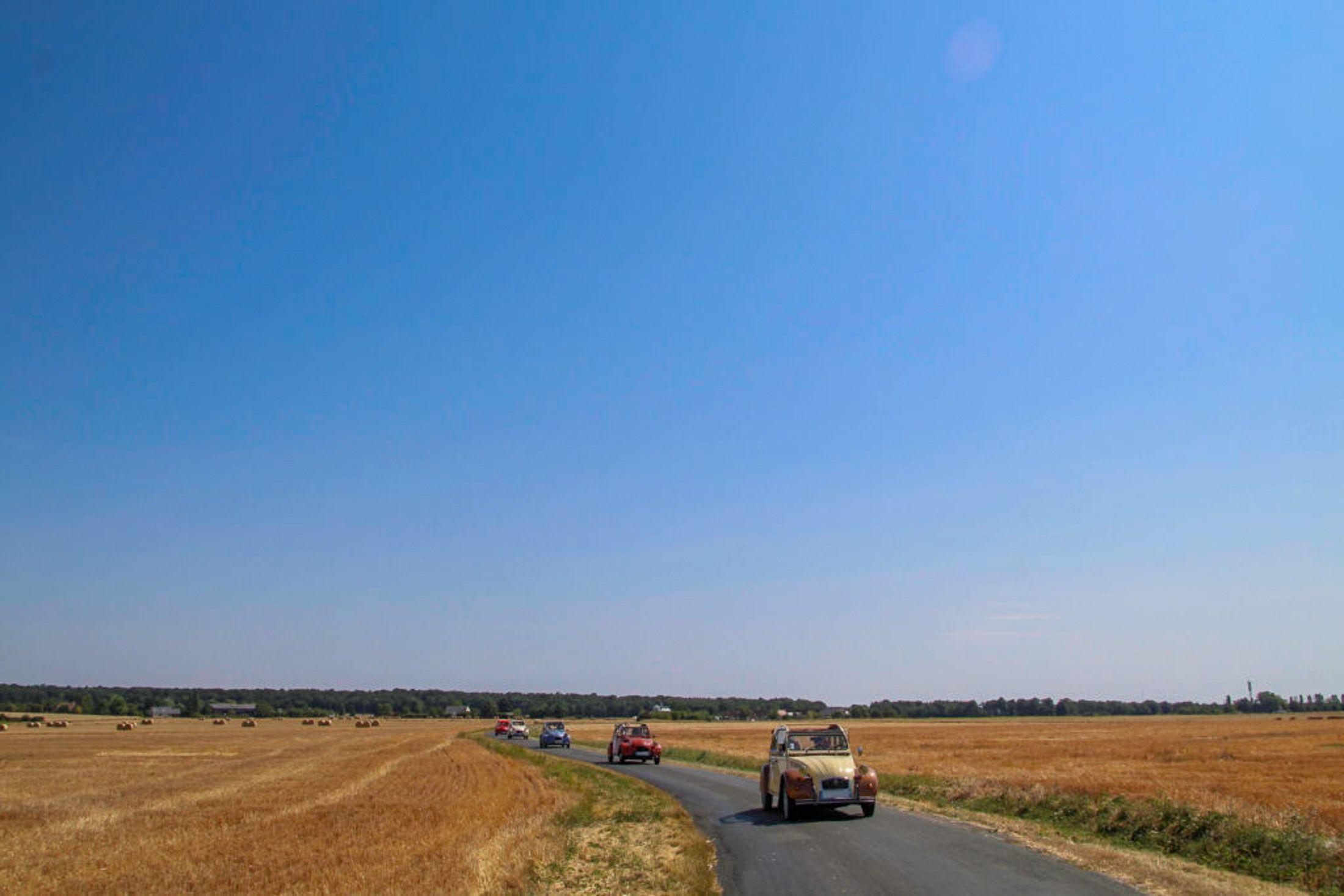 2CV, 2CV legende organisation, vieilles voitures, experience, circuit, rallye, tourisme, insolite, Touraine, autour de chenonceaux, vallee du cher, rallye touristique