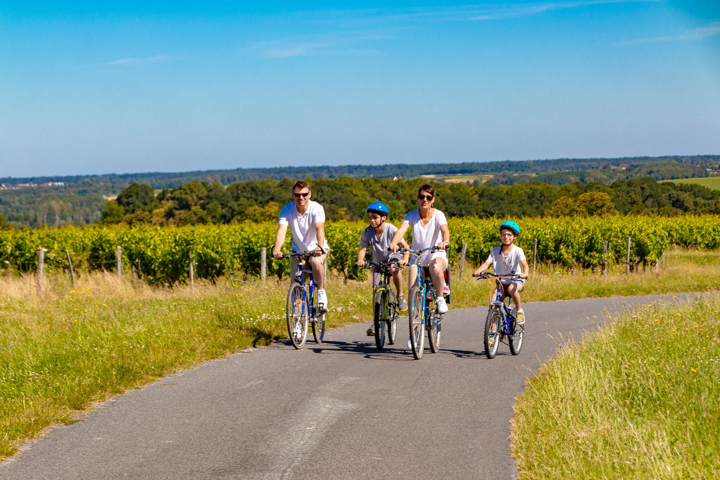 famille enfants Autour de Chenonceaux Vallee du Cher touraine 37 indre et loire tourisme activites tourisme nature sport vélo cyclotourisme loisirs